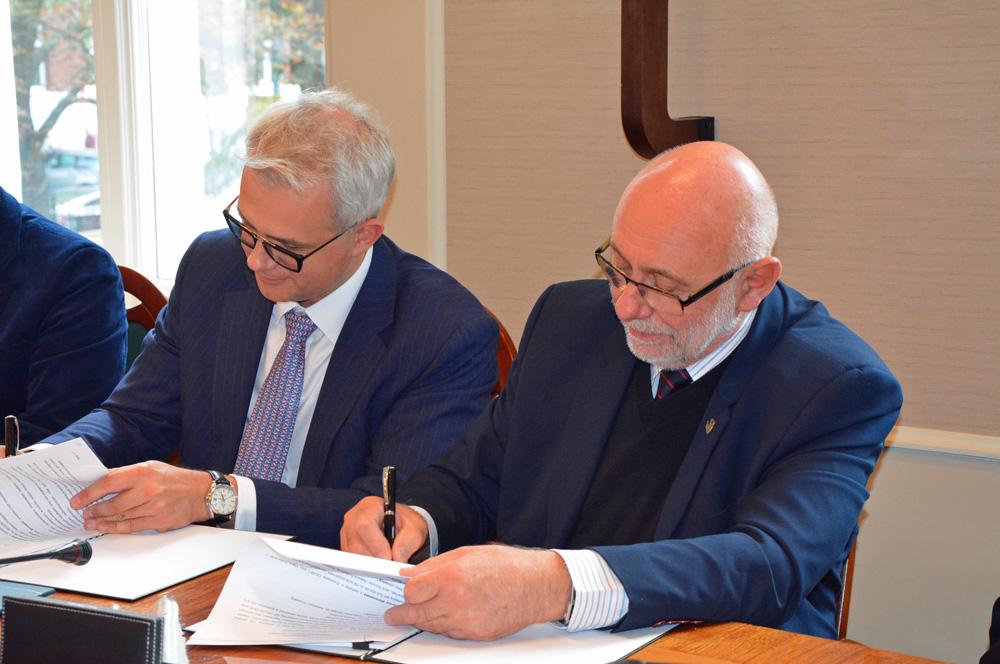 Porozumienie z Politechniką Warszawską